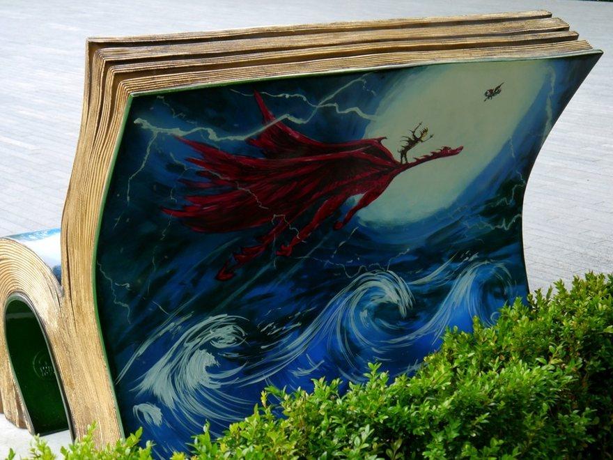 panchine-letterarie-decorate-libri-famosi-londra-2014-03