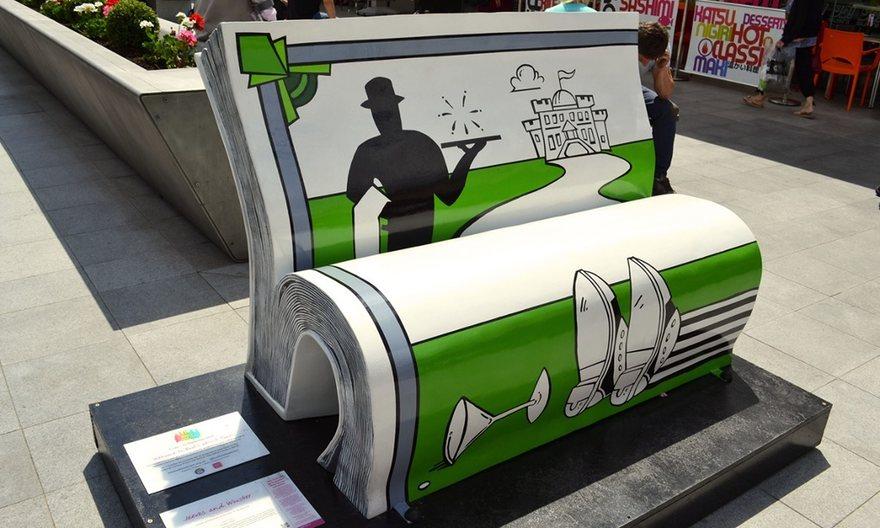panchine-letterarie-decorate-libri-famosi-londra-2014-04
