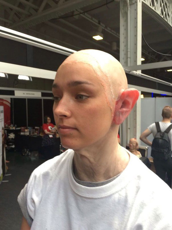 ragazza-trasformata-punk-make-up-neill-gorton-02