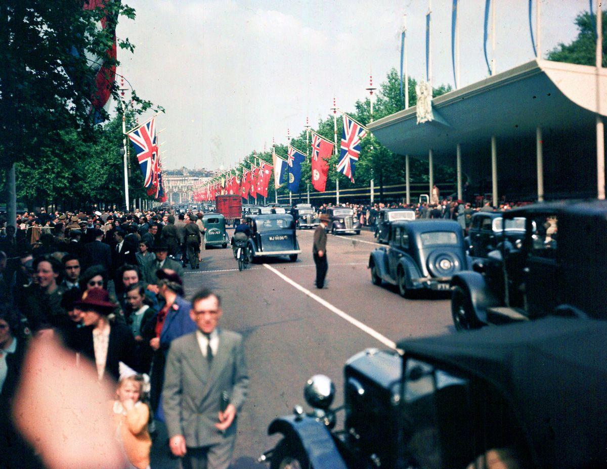 rare-foto-dufaycolor-londra-seconda-guerra-mondiale-11