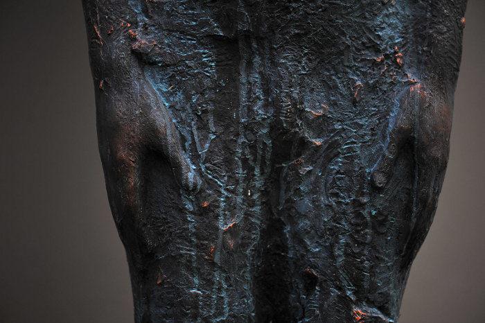 scultura-bronzo-vetro-goccia-pioggia-uomo-rain-bilyk-nazar-12