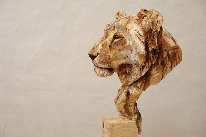 sculture-animali-legno-motosega-jurgen-lingl-rebetez-01