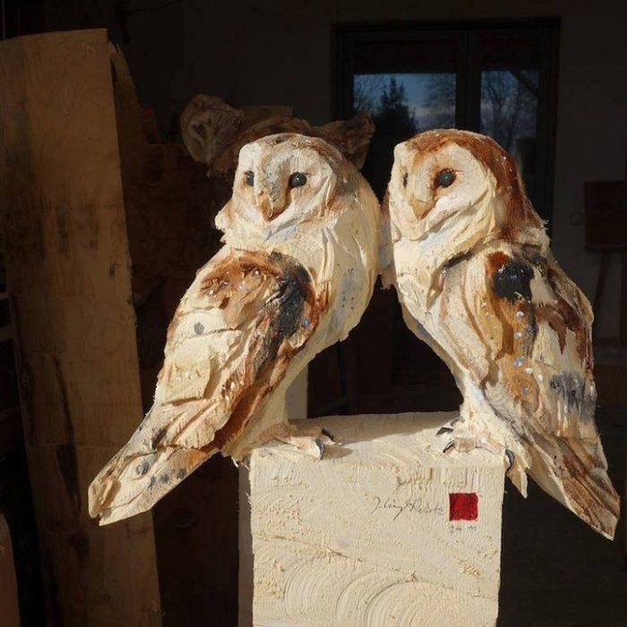 sculture-animali-legno-motosega-jurgen-lingl-rebetez-02