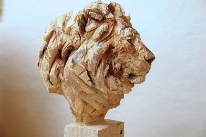 sculture-animali-legno-motosega-jurgen-lingl-rebetez-06