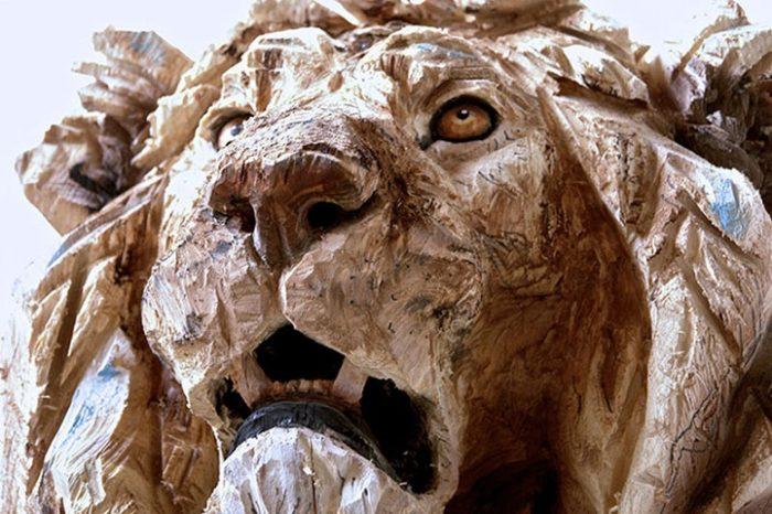 sculture-animali-legno-motosega-jurgen-lingl-rebetez-07