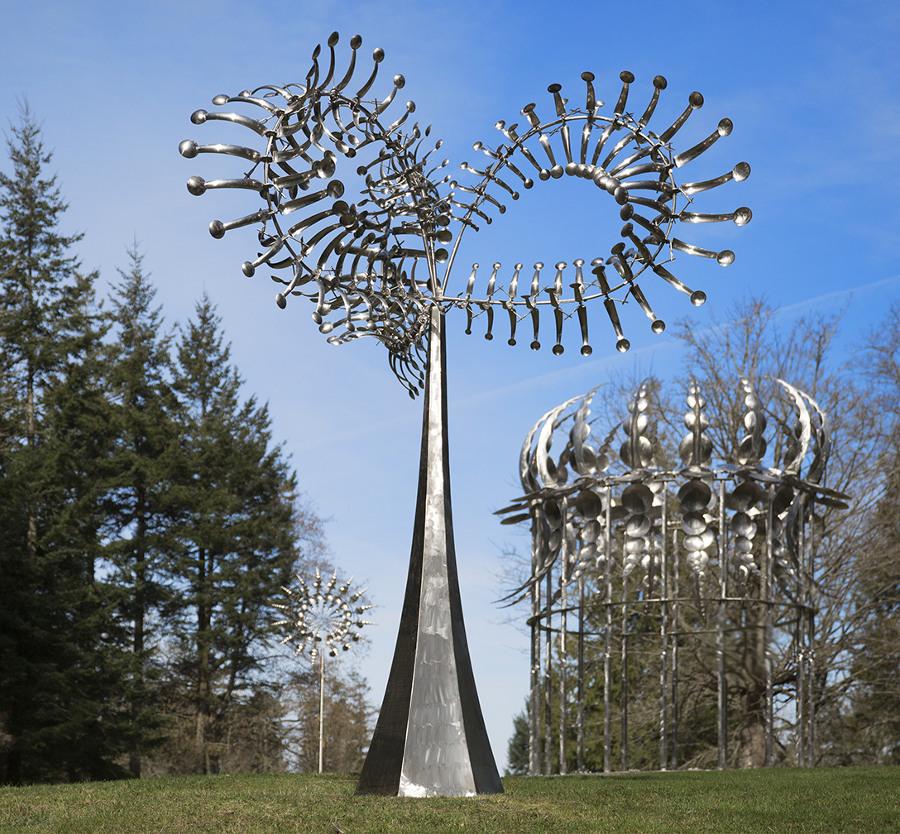 sculture-cinetiche-metallo-vento-anthony-howe-kweebe-1