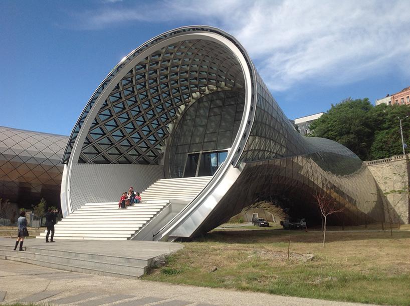 teatro-musicale-sala-espositiva-rhike-park-tbilisi-studio-fuksas-03