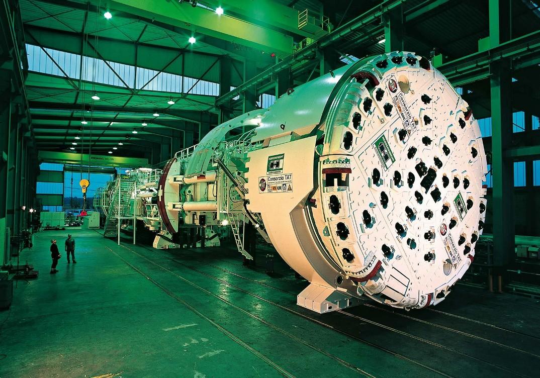 tunnel-galleria-ferroviaria-base-san-gottardo-foto-3