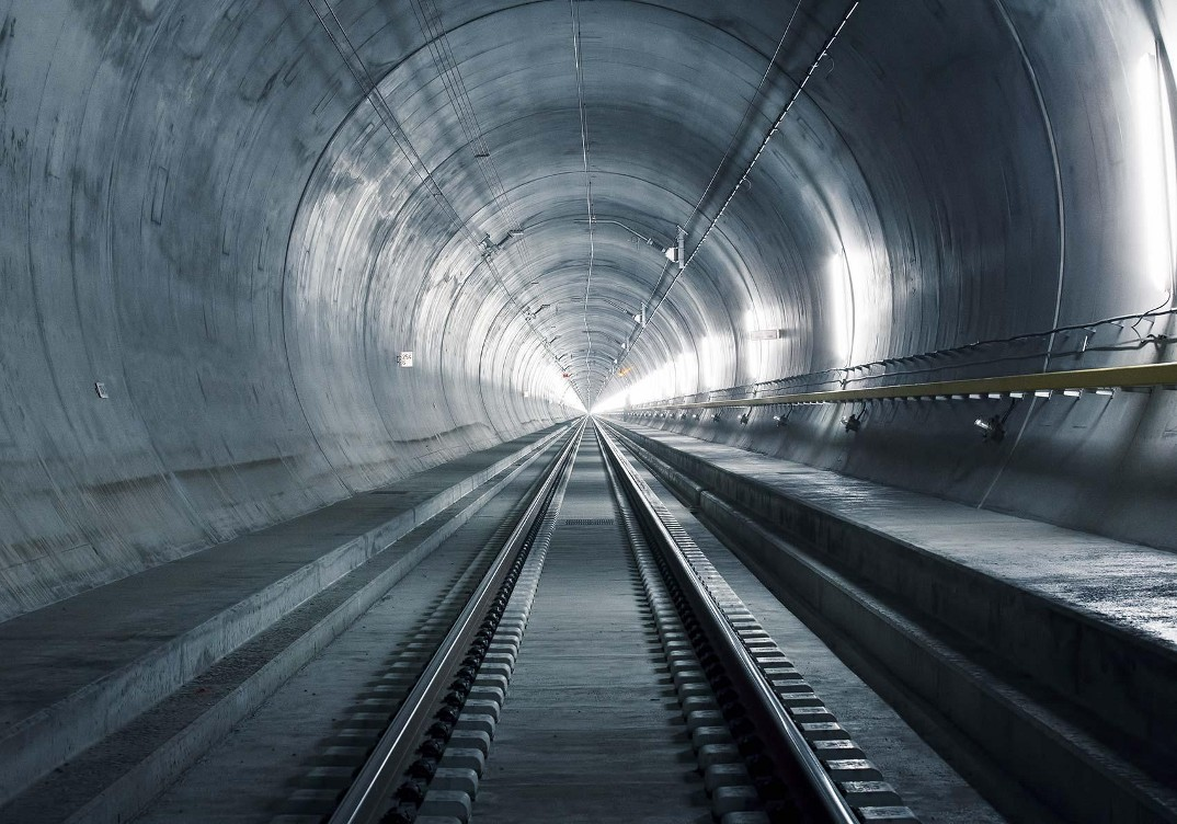tunnel-galleria-ferroviaria-base-san-gottardo-foto-7