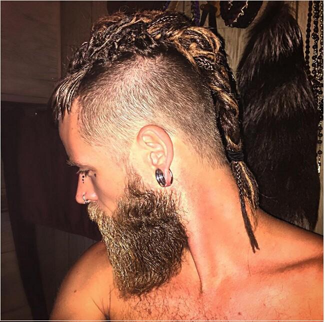 capelli-uomini-trecce-moda-stile-10-keb