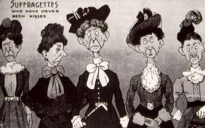 cartoline-propaganda-anti-diritti-donne-suffragette-1900-10