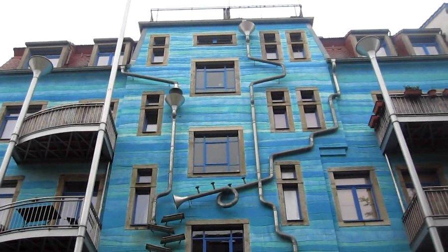 casa-suona-quando-piove-dresda-courtyard-of-elements-6