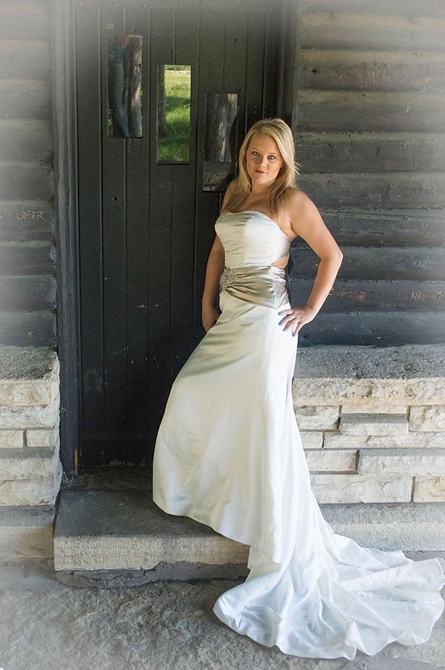 donna-posa-servizio-fotografico-divorzio-meisenburg-angela-josephine-01