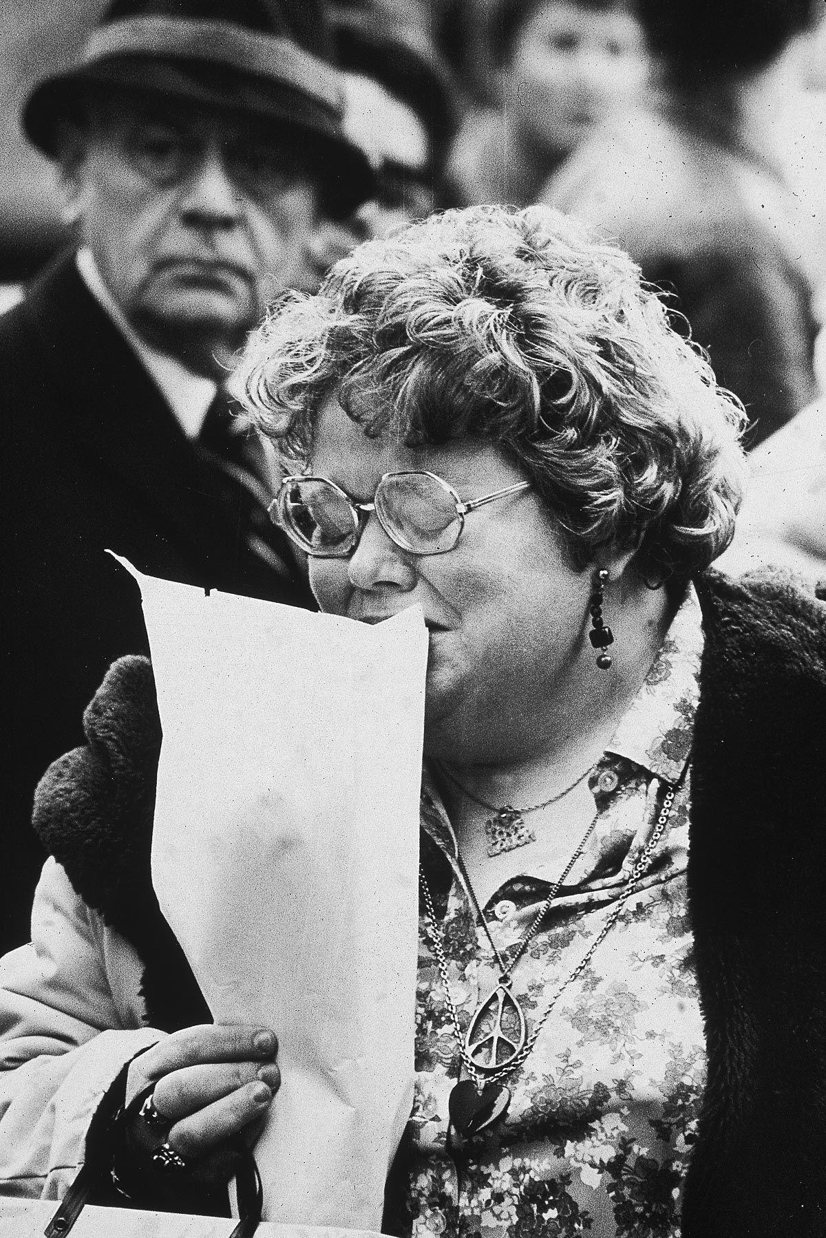 foto-8-dicembre-1980-morte-john-lennon-09