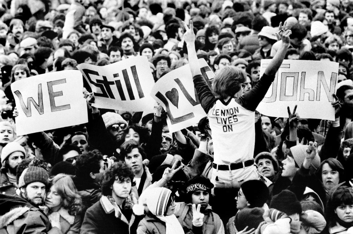 foto-8-dicembre-1980-morte-john-lennon-14