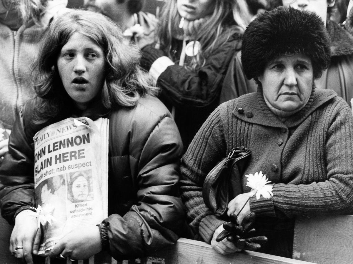foto-8-dicembre-1980-morte-john-lennon-16