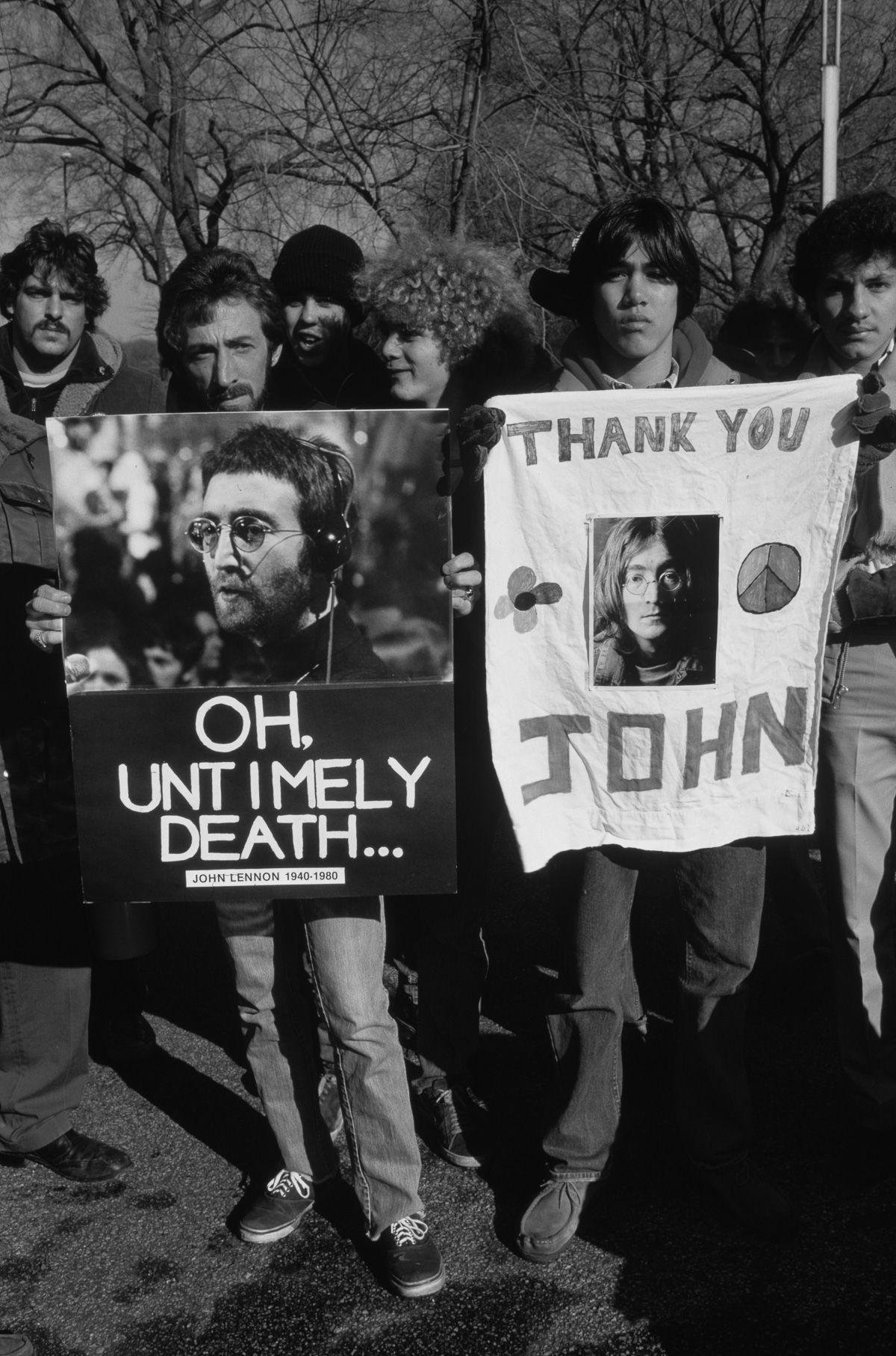 foto-8-dicembre-1980-morte-john-lennon-22