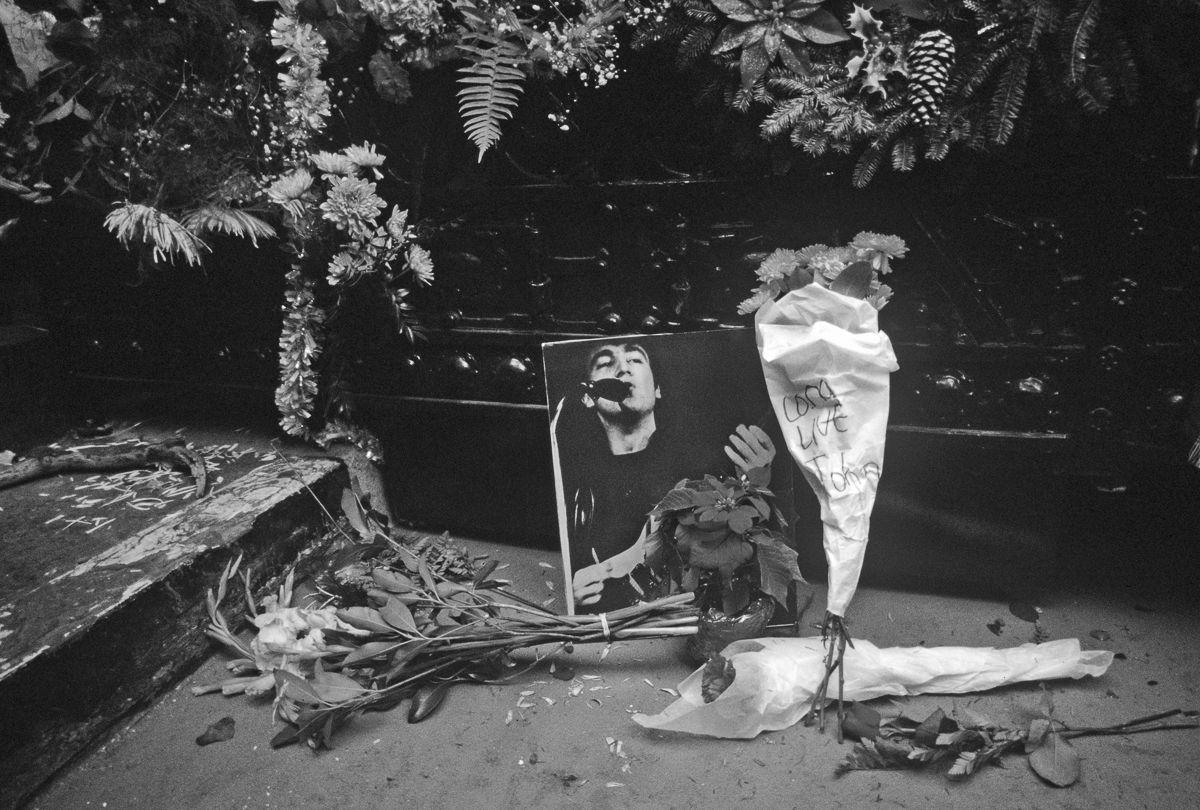 foto-8-dicembre-1980-morte-john-lennon-24