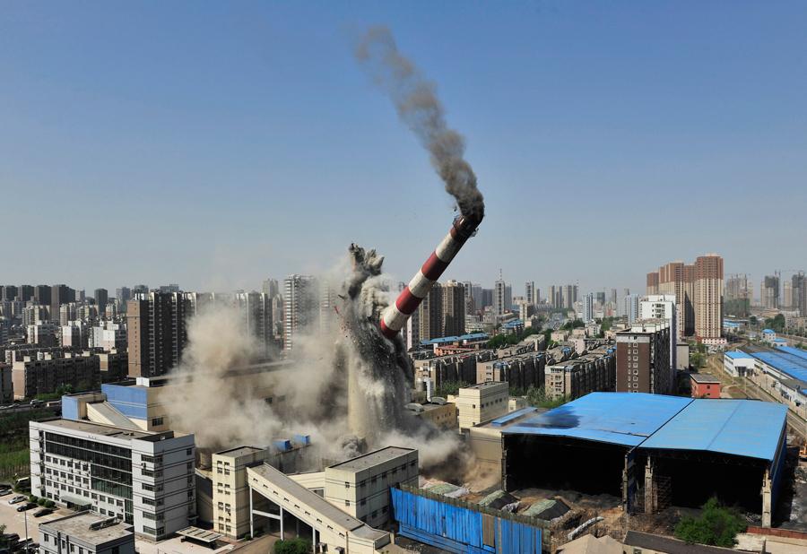 foto-demolizione-crollo-palazzi-edifici-ponti-costruzioni-esplosioni-22
