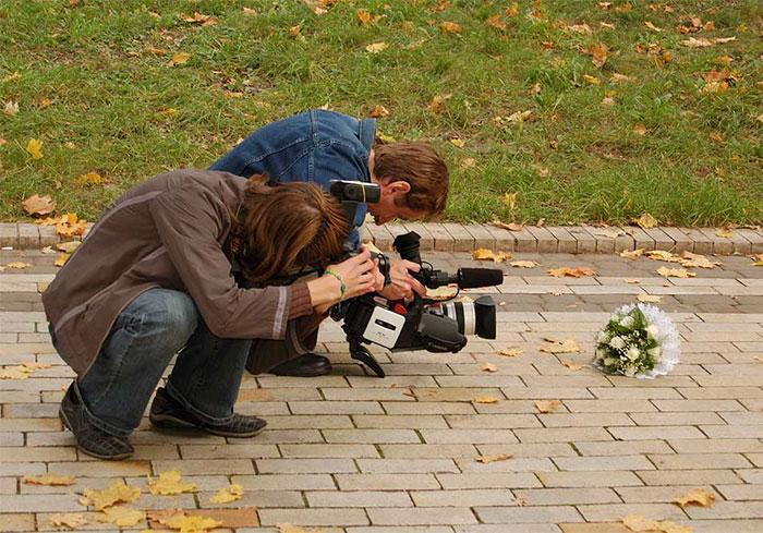 fotografi-matrimoni-pazzi-divertenti-dietro-le-quinte-09