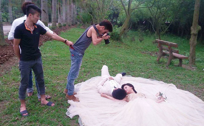 fotografi-matrimoni-pazzi-divertenti-dietro-le-quinte-12