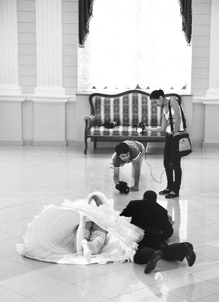 fotografi-matrimoni-pazzi-divertenti-dietro-le-quinte-19