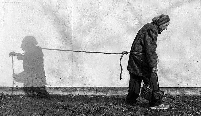 Foto Surreali Donna Anziana Tony Luciani