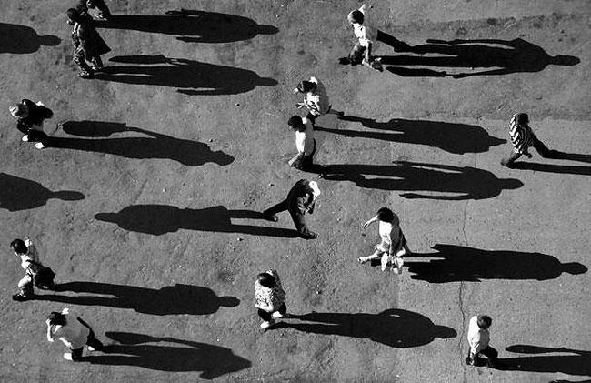 fotografie-bianco-nero-surreali-alexey-menschikov-07