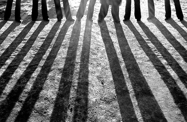 fotografie-bianco-nero-surreali-alexey-menschikov-11