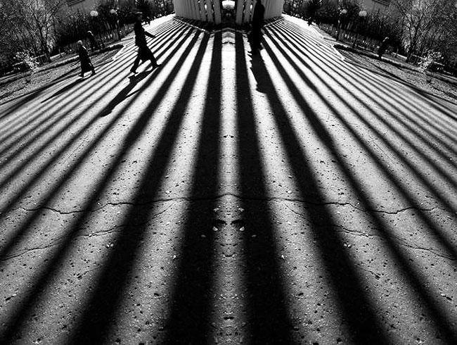 fotografie-bianco-nero-surreali-alexey-menschikov-20