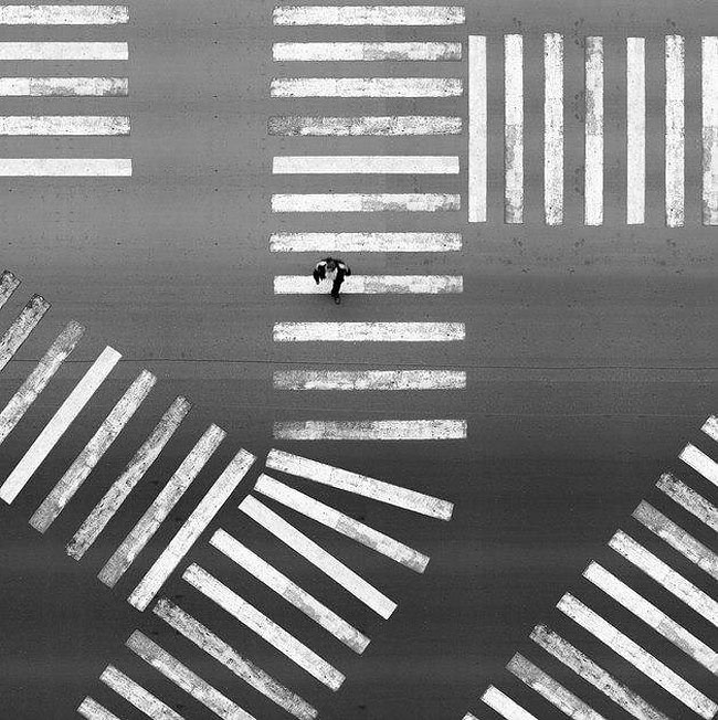 fotografie-bianco-nero-surreali-alexey-menschikov-28