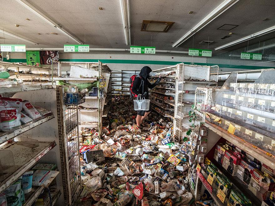 fotografie-zone-evacuate-disastro-fukushima-oggi-keow-wee-loong-04
