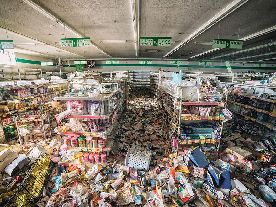 fotografie-zone-evacuate-disastro-fukushima-oggi-keow-wee-loong-10