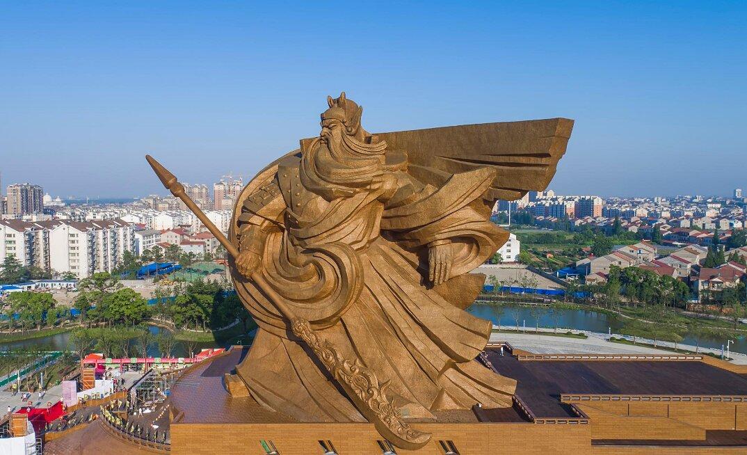 gigantesca-statua-dio-guerra-guan-yu-scultura-cina-3