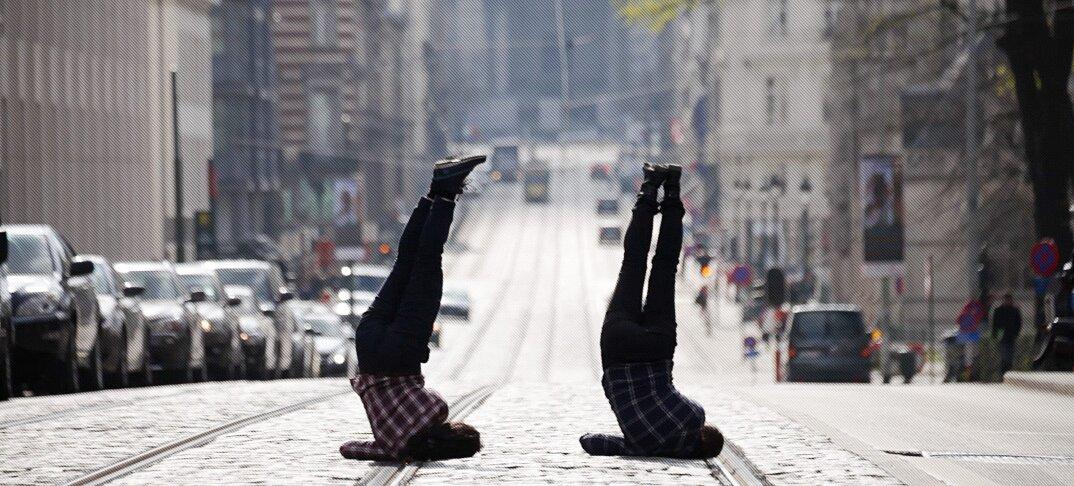 moving-cities-foto-video-ballerini-citta-mondo-jevan-chowdhury-01