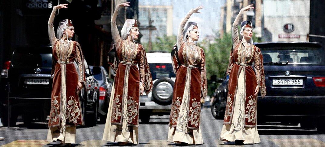 moving-cities-foto-video-ballerini-citta-mondo-jevan-chowdhury-14