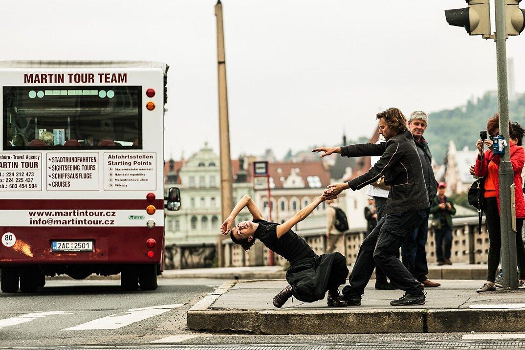 moving-cities-foto-video-ballerini-citta-mondo-jevan-chowdhury-25