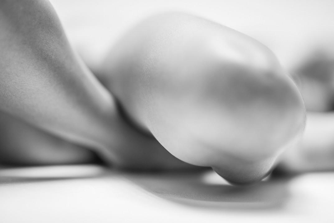 potenti-foto-monocromatiche-corpo-contorto-nudo-lovis-ostenrik-10