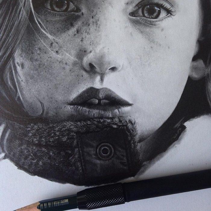 processo-creativo-dipinti-disegni-artista-autodidatta-andreea-berindei-05