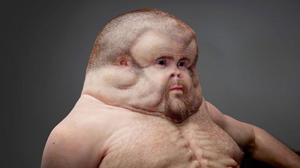 scultura-uomo-mutante-resiste-incidenti-stradali-graham-patricia-piccinini-1
