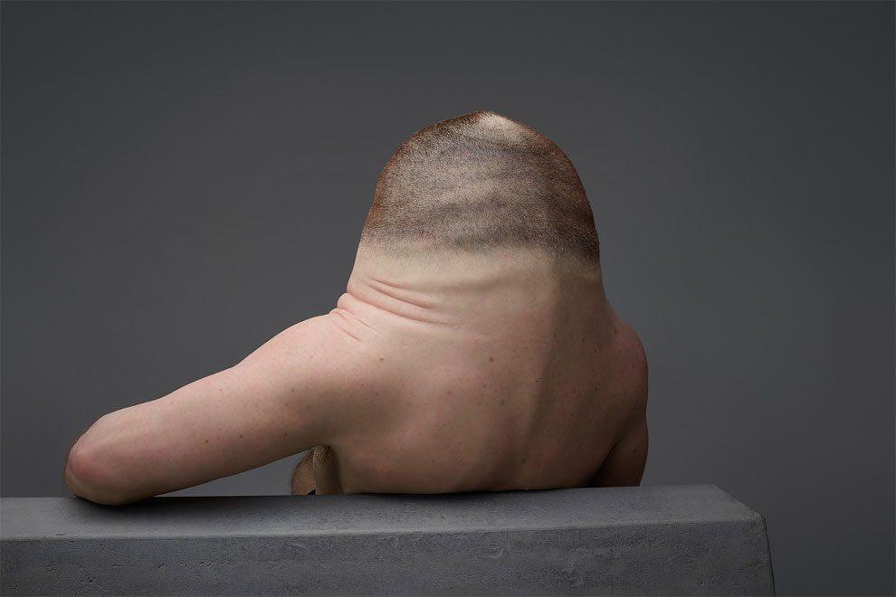 scultura-uomo-mutante-resiste-incidenti-stradali-graham-patricia-piccinini-5