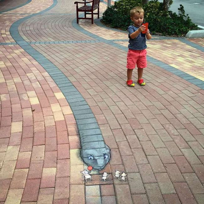 street-art-anamorfica-bizzarra-gesso-david-zinn-33