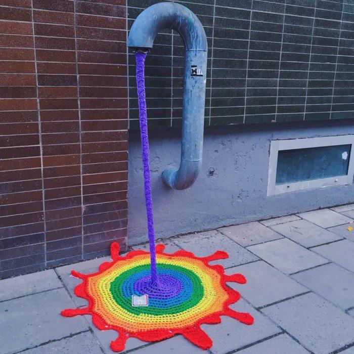 street-art-uncinetto-maglia-stoccolma-julia-riordan-1