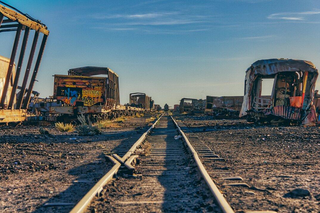 treni-abbandonati-bolivia-chris-staring-15