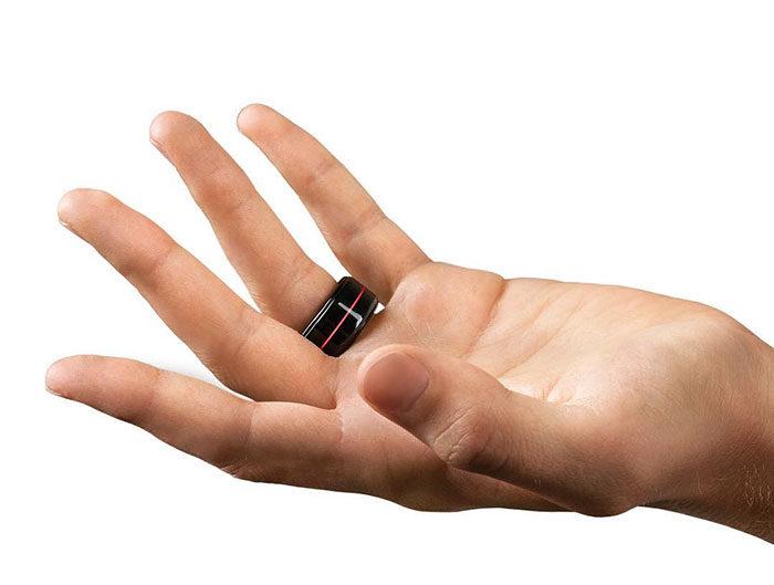anello-battito-cardiaco-cuore-innamorati-app-hb-thetouch-2