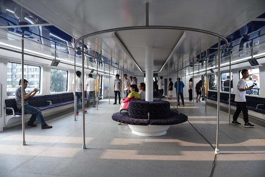 autobus-sopraelevato-test-strada-qinhuangdao-cina-5