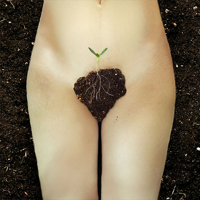foto-provocanti-donne-parti-intime-coperte-fiori-jardin-fleuris-alexandra-sophie-07