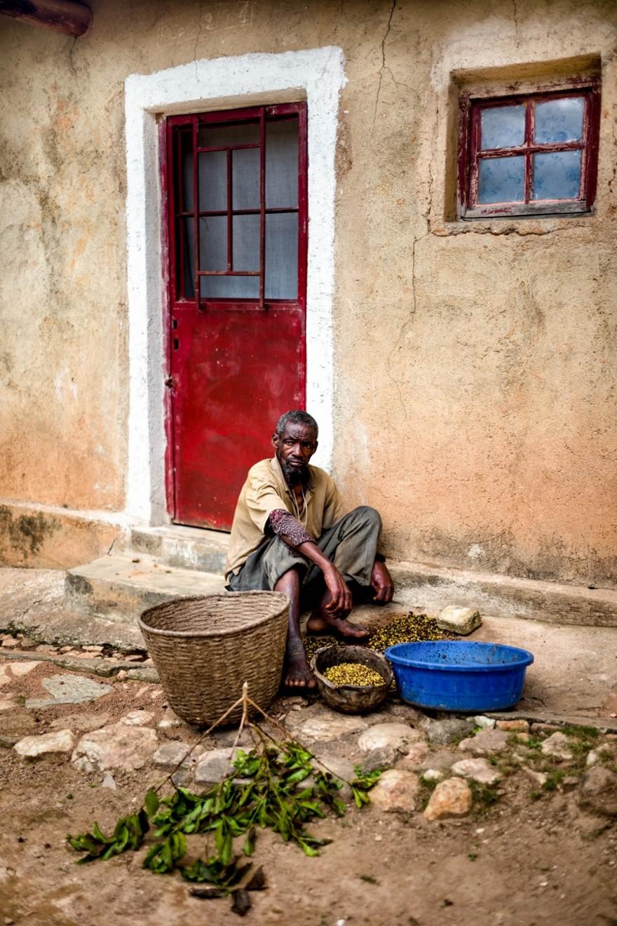 foto-ruanda-produzione-caffe-ritratti-alan-schaller-06