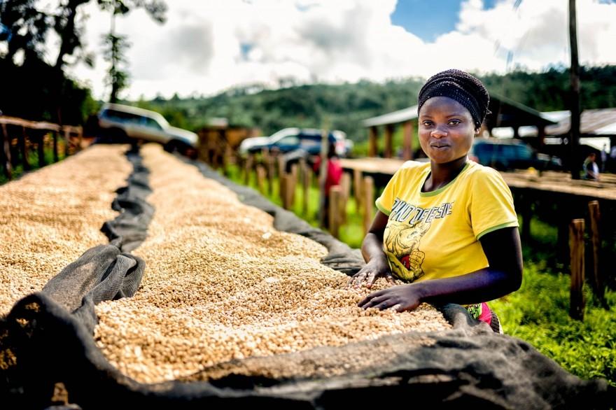 foto-ruanda-produzione-caffe-ritratti-alan-schaller-11