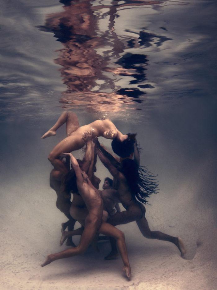 fotografia-corpi-nudi-donne-uomini-sotto-acqua-underwater-ed-freeman-10